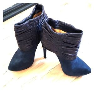 Navy suede and leather LAMB booties